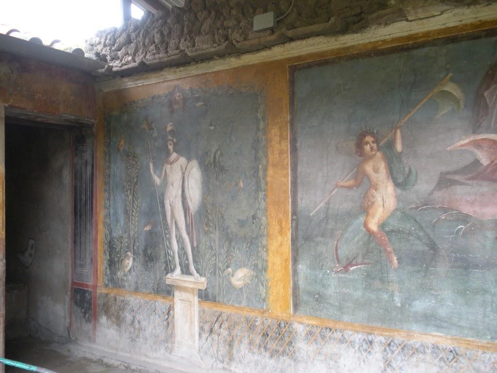 murals of Pompeii ruins