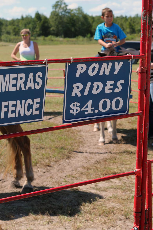 pony ride Oktoberfest