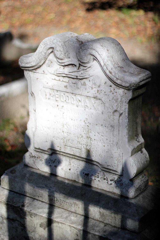 tombstone Charleston SC