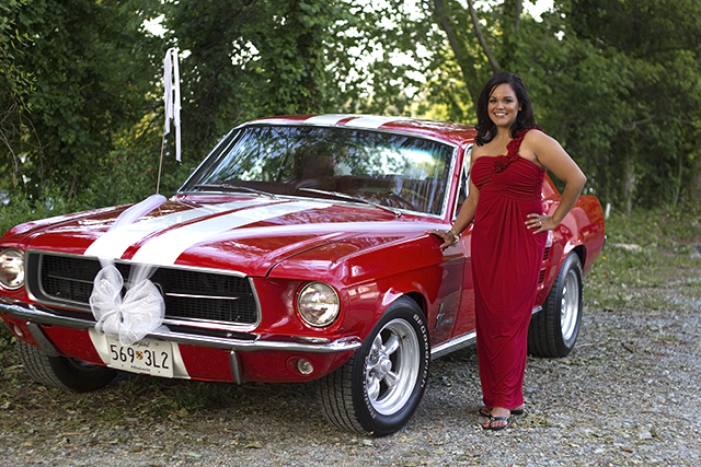Lisette and red car
