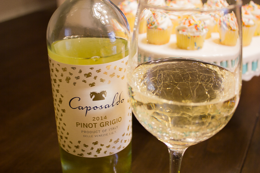 Caposaldo Pinot Grigio and cupcakes #CaposaldoWine