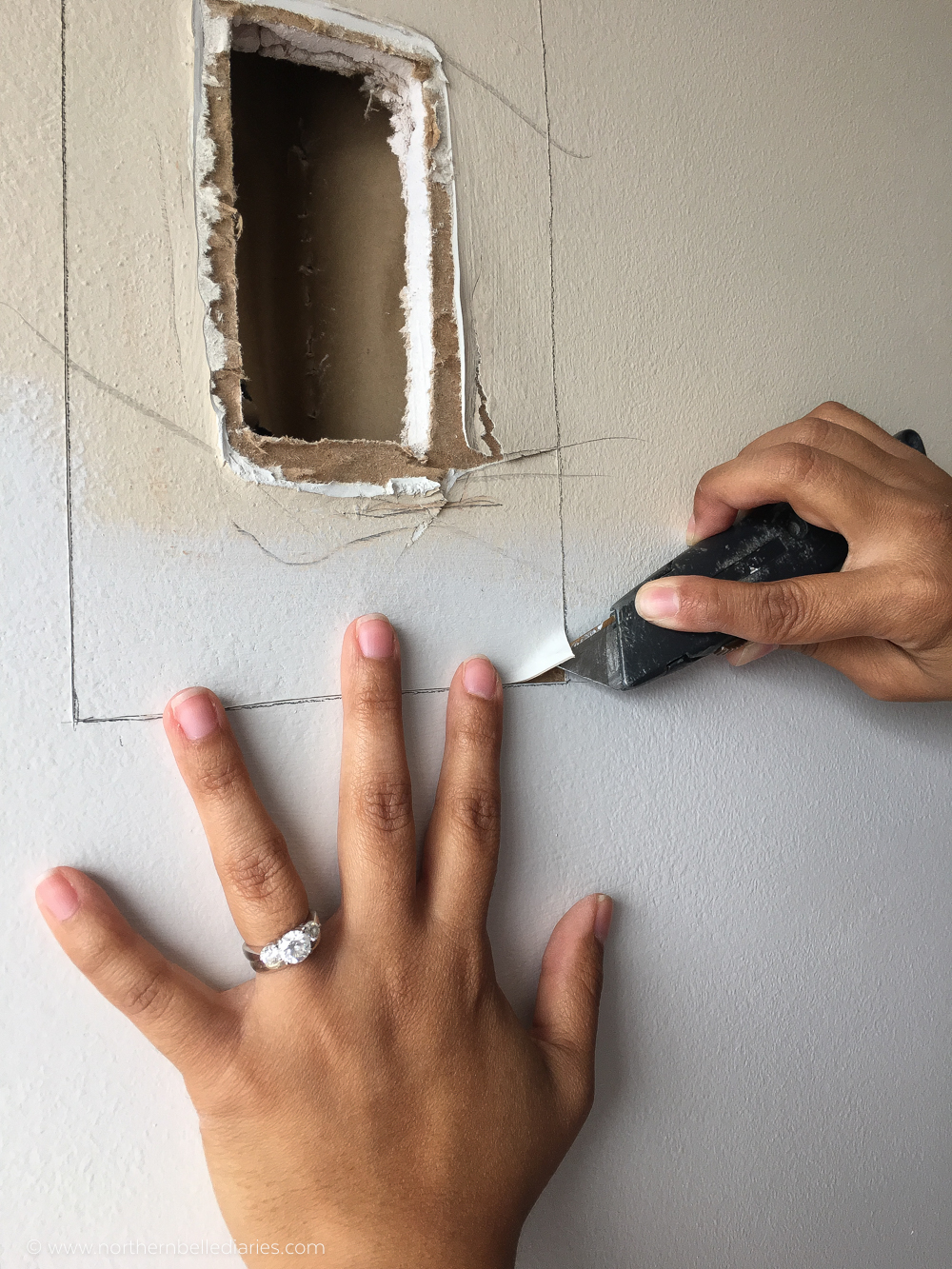 fixing holes in drywall