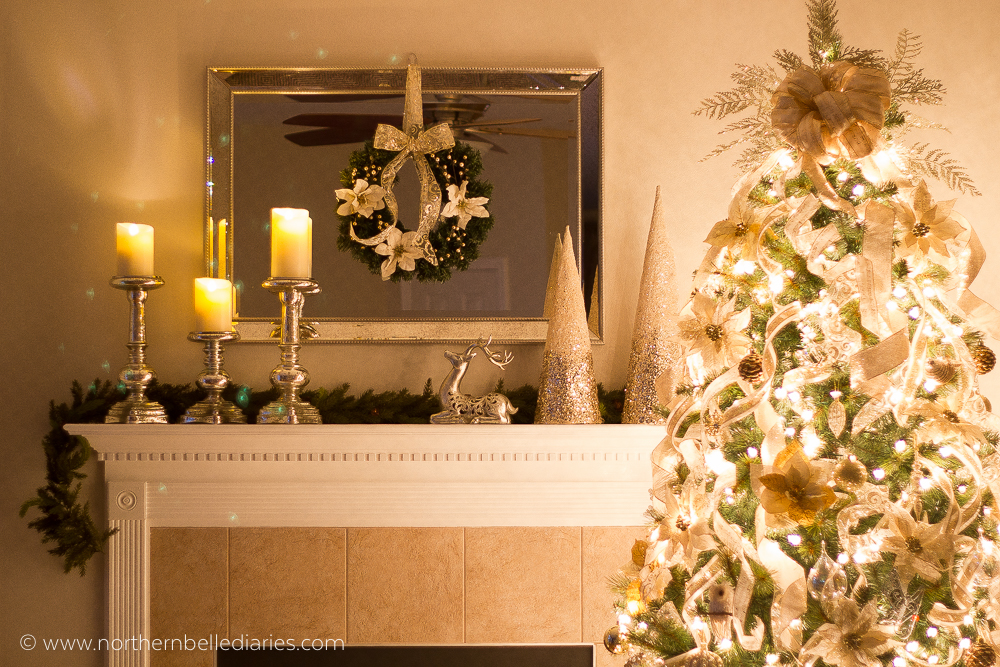 Christmas tree decorated with tons of ribbon and gorgeous mantel #christmas