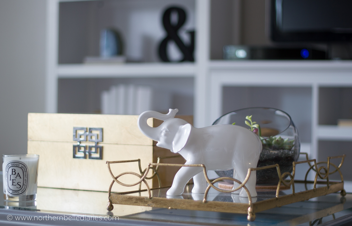 The bookshelf styling class that makes bookshelf styling foolproof #bookshelfstylingclass #decor #decortips