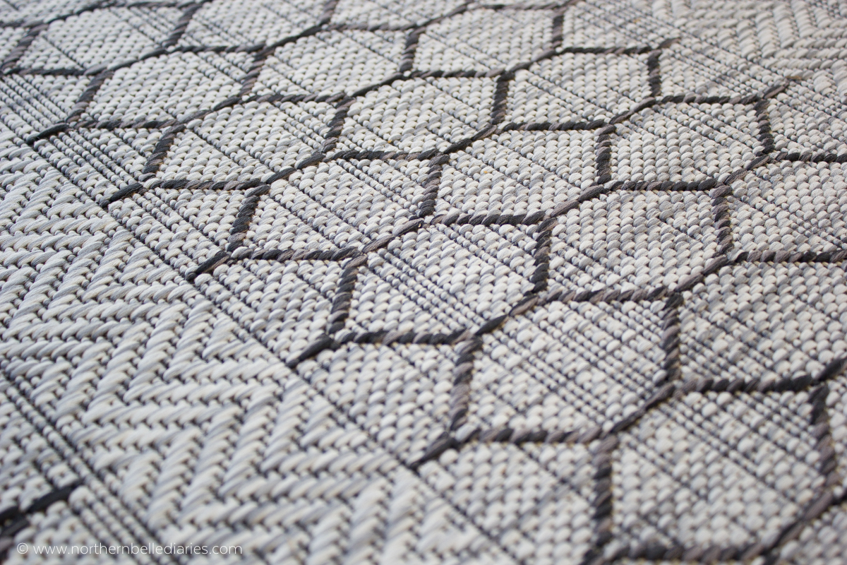 Patio with At Home Textured Gray rug detail #decor