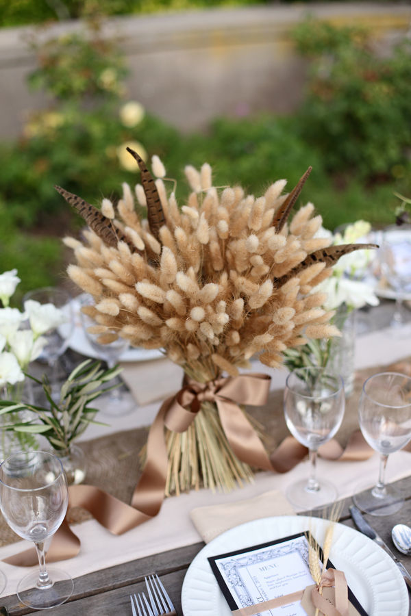 Glam Wheat Sheaf centerpiece #fall #falldecor
