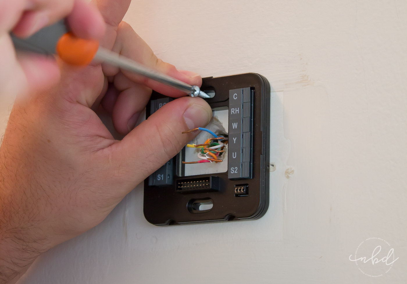Wiser Air wifi thermostat plate installation