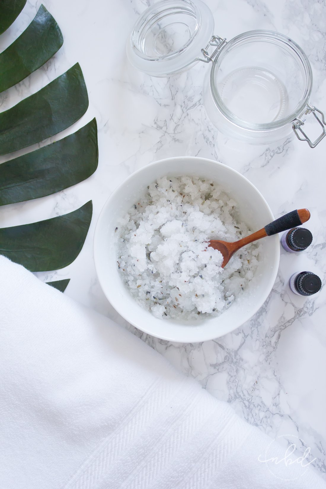 How to Create a Relaxing Spa Experience at Home