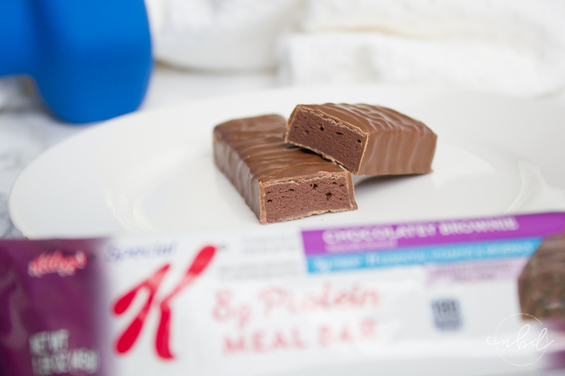 5 Quick and Easy Post-Workout Snacks | Chocolatey Brownie protein meal bar #ownit