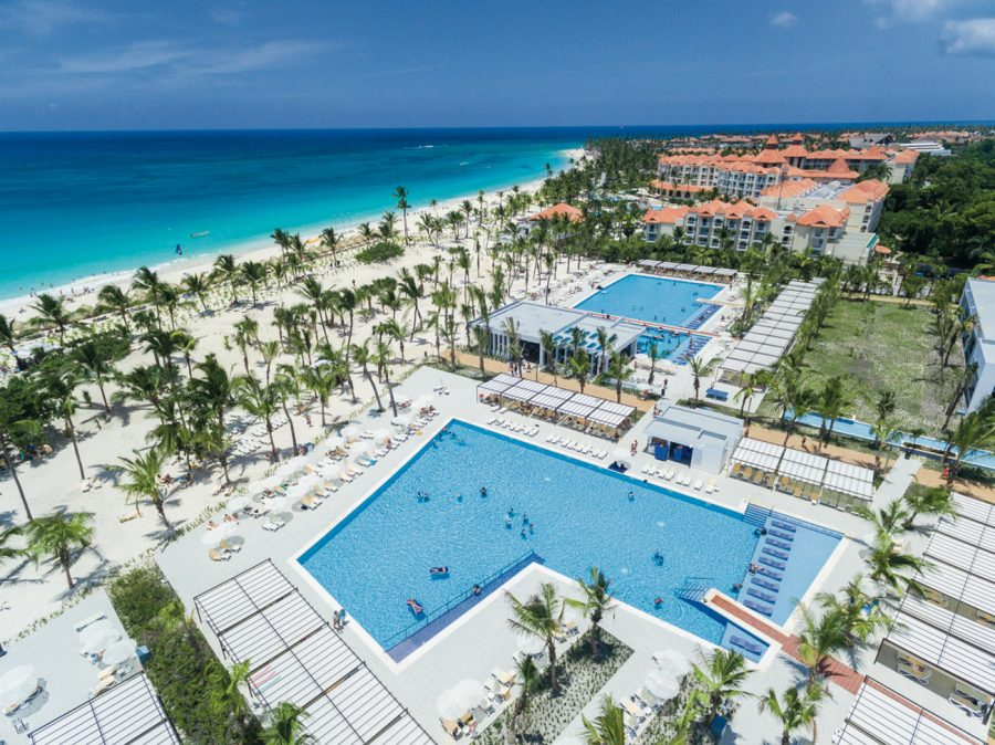 Riu Republica hotel aerial view of pool #TravelWithYourSquad