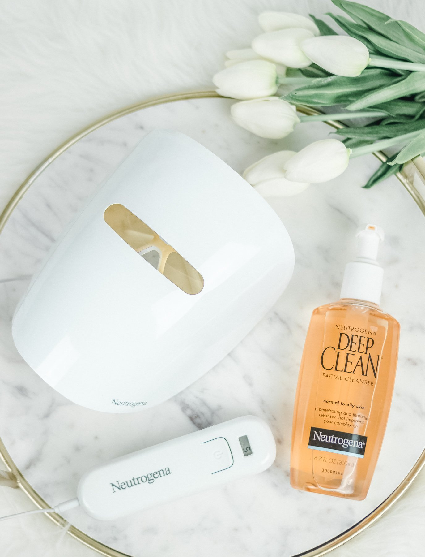 Does Light Therapy for Acne Really Work? | La La Lisette
