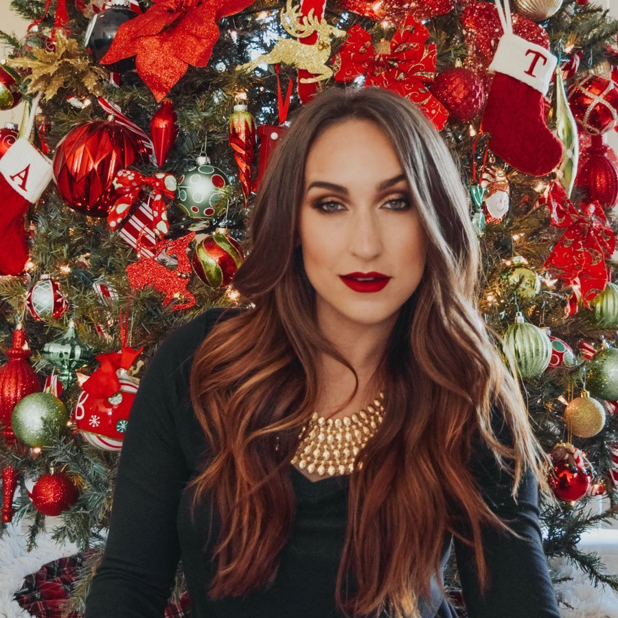 Easy Glam Holiday Look by Ashleigh