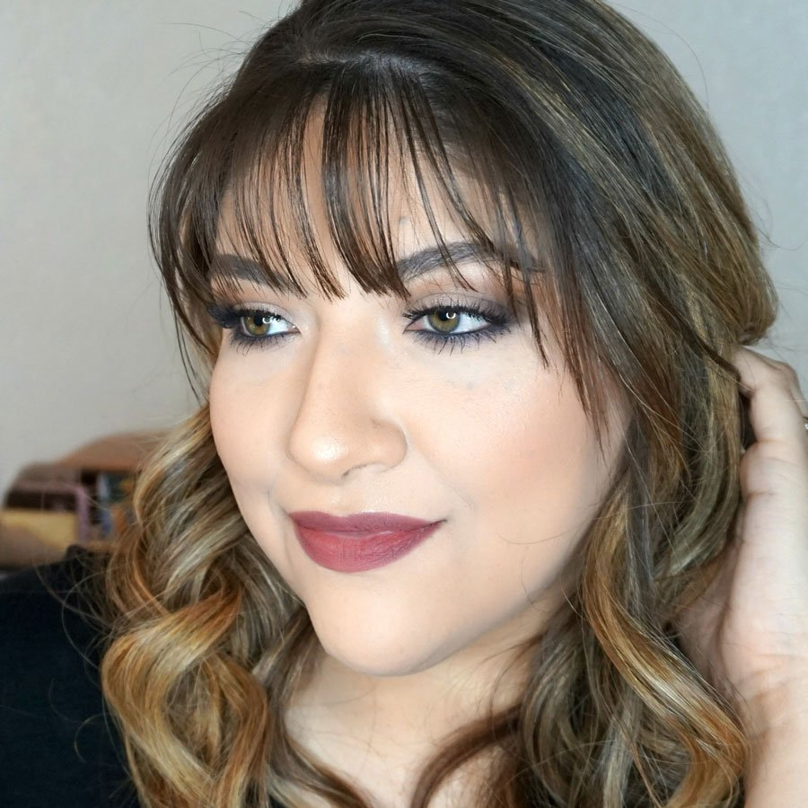 Easy Glam Holiday Look by Beauty by Lily
