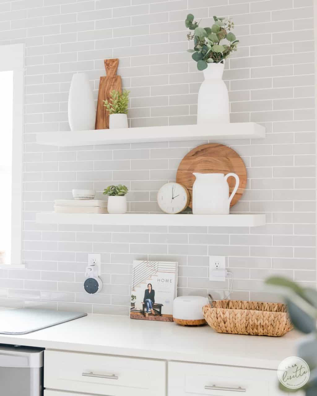 kitchen open shelves decoration