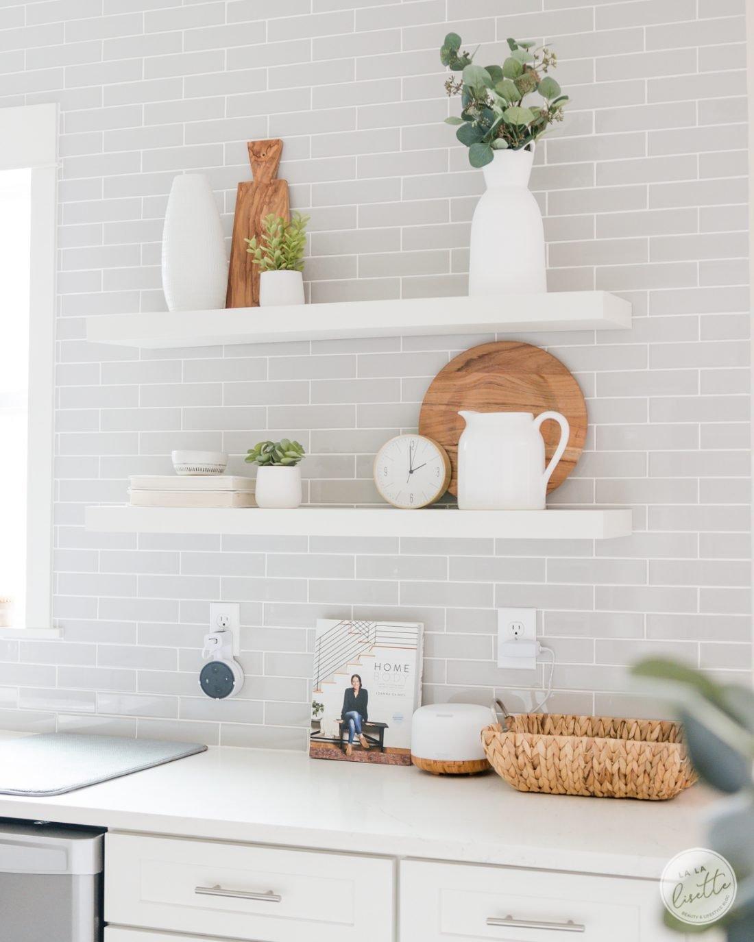 kitchen open shelves decoration