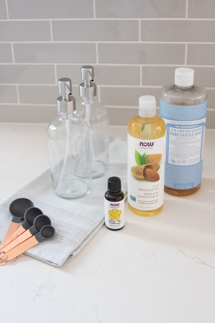 ingredients for making diy moisturizing hand soap
